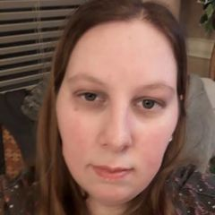 bisexynurse84 Dating Profile